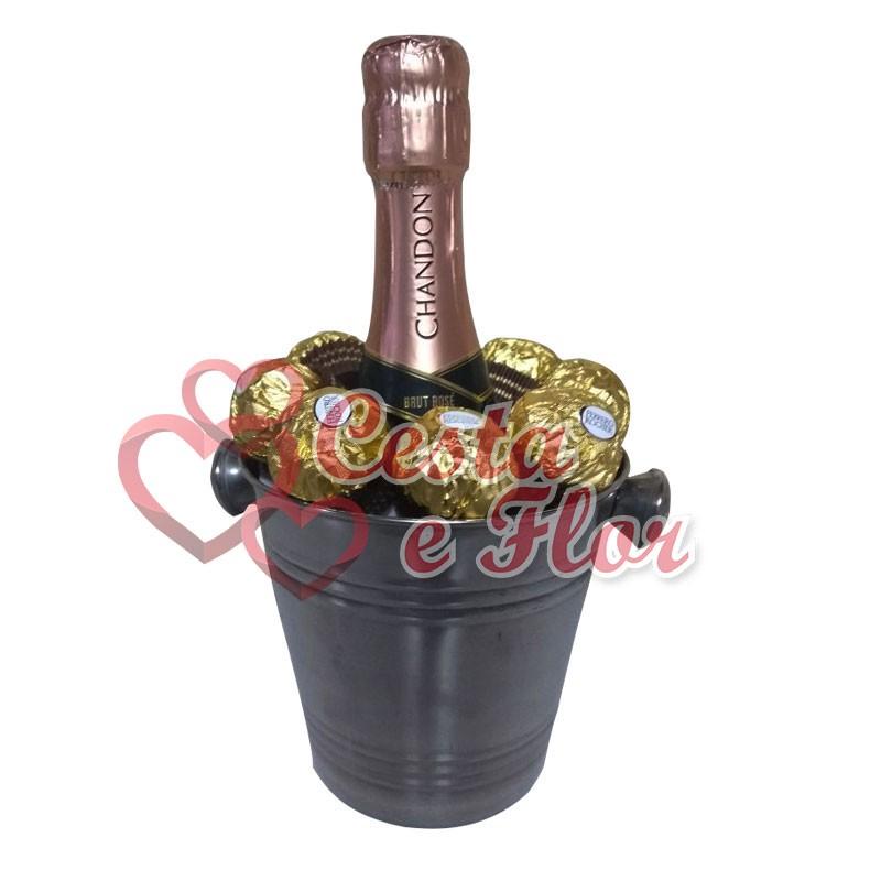 Kit Chandon e Ferrero Rocher