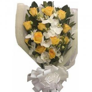 Buque de Orquídeas e Rosas