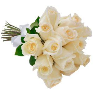 Buque 18 rosas brancas