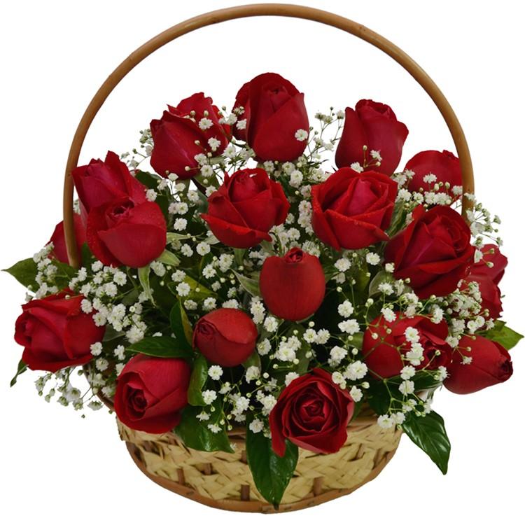 Cesta com 24 rosas vermelhas